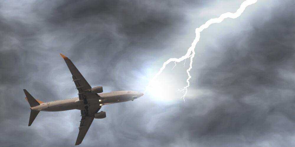 Blitzeinschlag_AdobeStock.jpeg