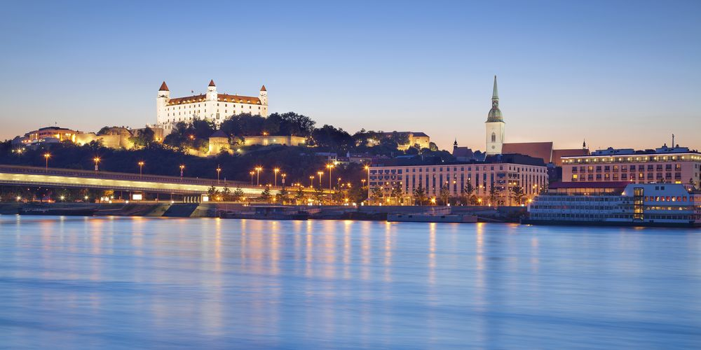 GSW Bratislava_Abendansicht.jpg