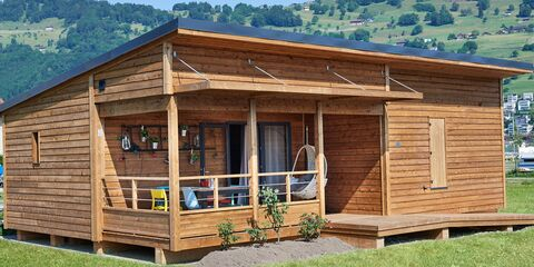 bungalow-barrierefrei-tcs-camping-buochs-glamping-1.jpg