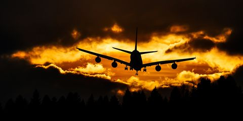 airplane-silhouette-on-air-during-sunset-210199.jpg