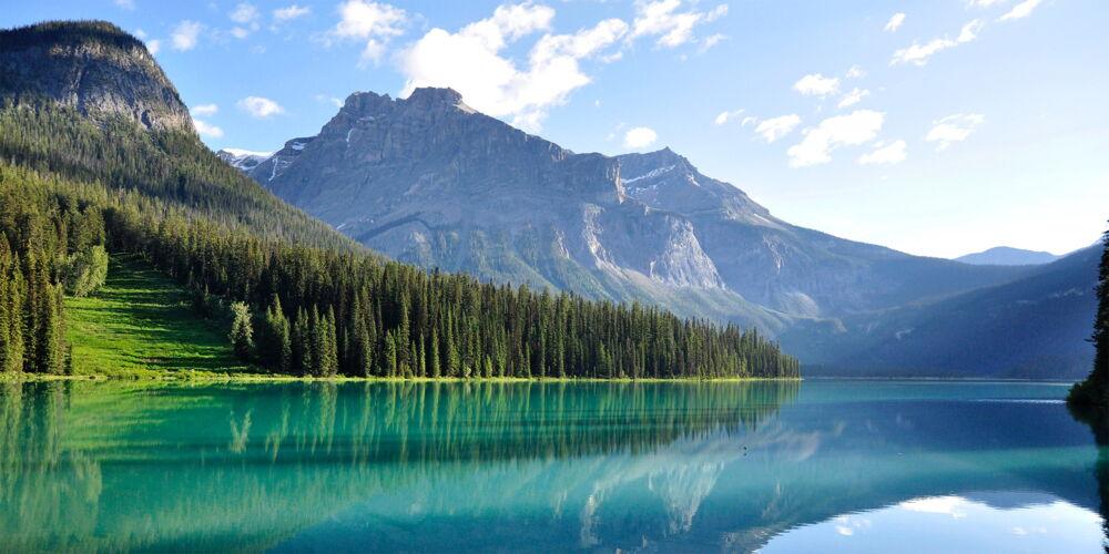 Canada_Emerald_Lake.jpg