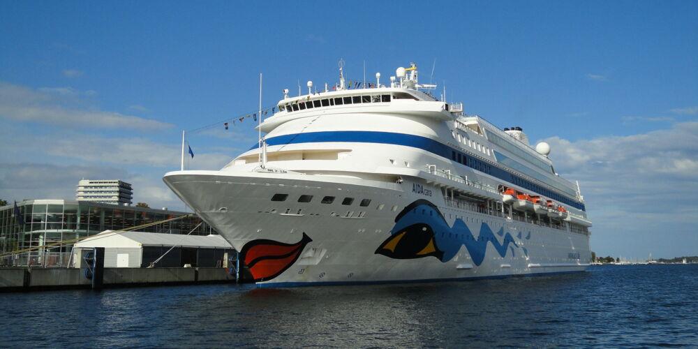 cruise-209650_1920.jpg