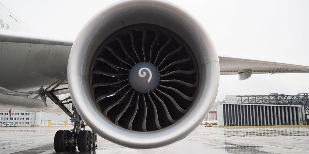 Flugzeug_SR_Technics_1.jpg