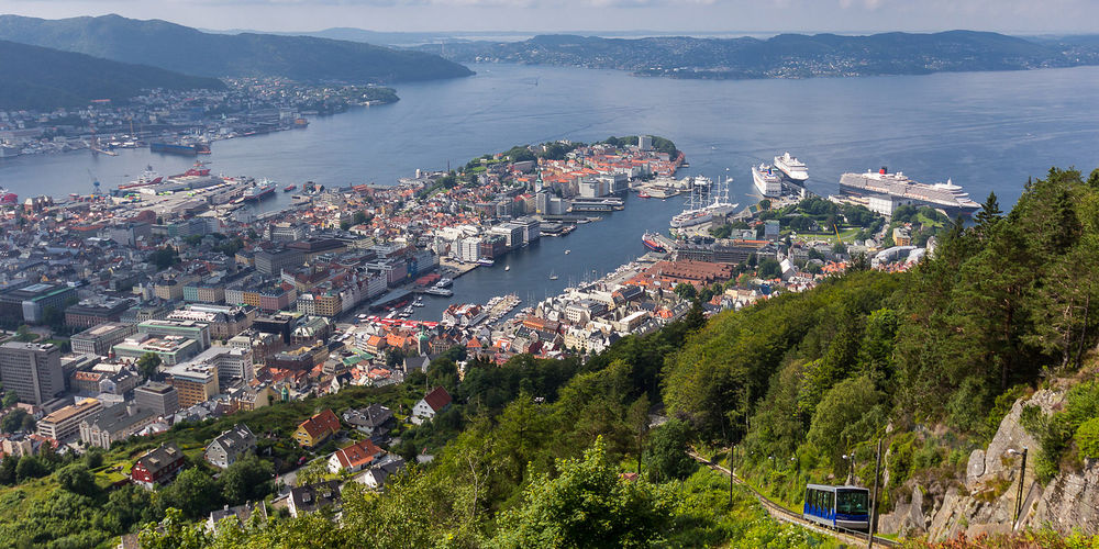 Bergen_NykO18 on VisualHunt  CC BY-NC-SA.jpg