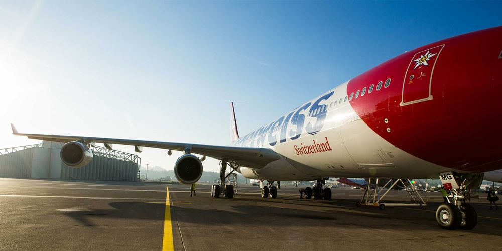 Edelweiss_A340b.jpg