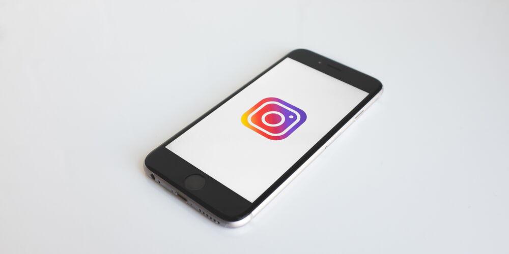 Instagram_neonbrand.jpg