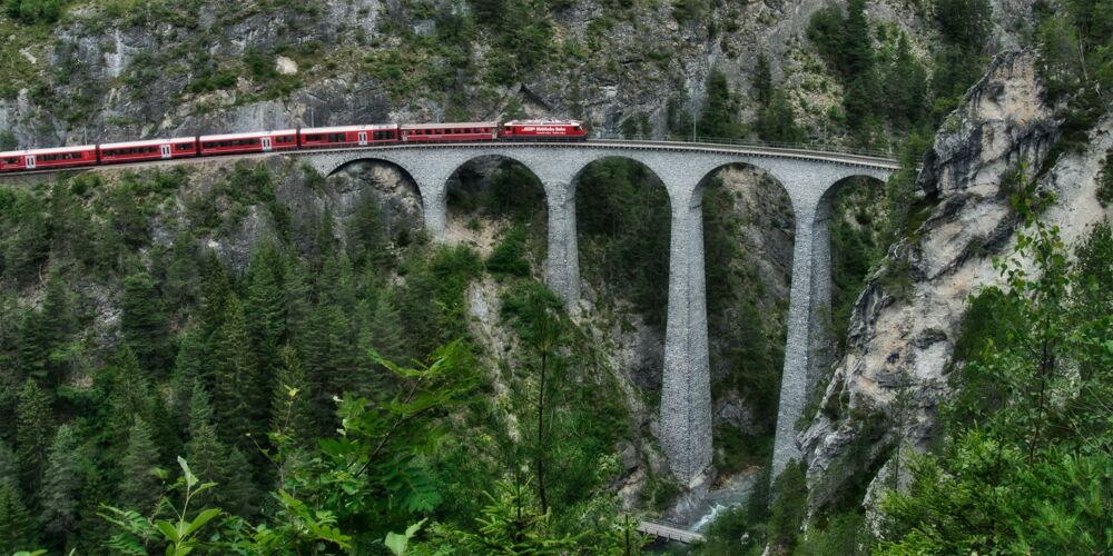 Landwasserviadukt_Zugreise.jpg