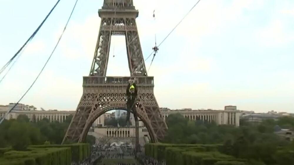 zipline_Paris.jpg