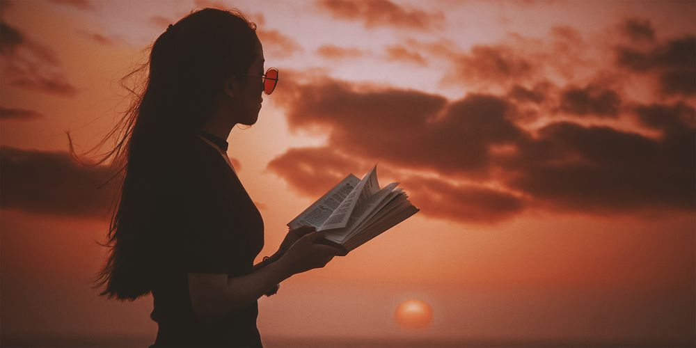 Buch_lesen.jpg