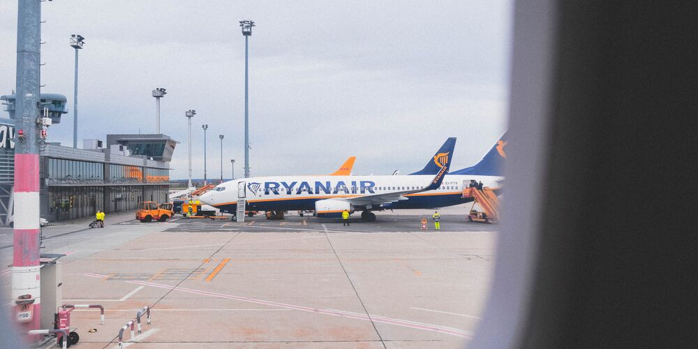 Ryanair_nastya-dulhiier.jpg