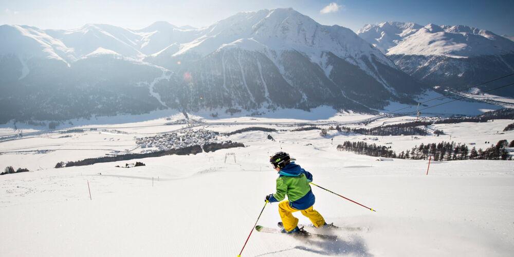 skifahren0_zuoz.jpg