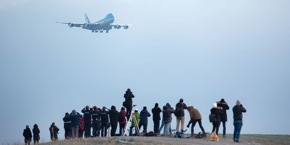 how does the air force one looks like