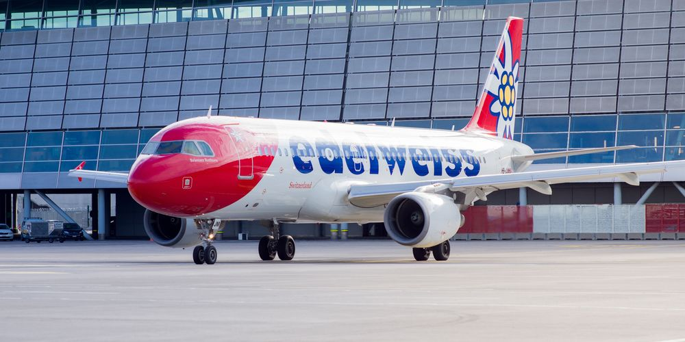 Edelweiss_A320_Pushback.jpg