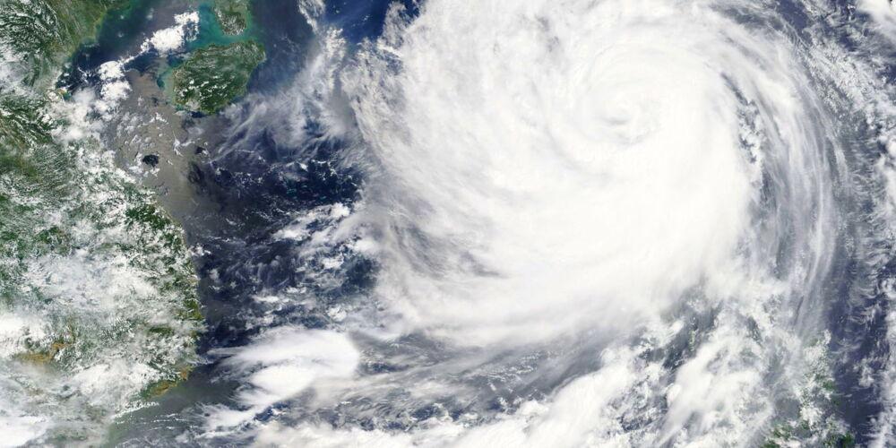 Fotolia_typhoon2.jpg