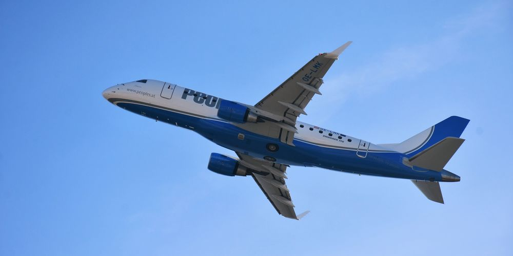 People's Air Group_Embraer E170.JPG