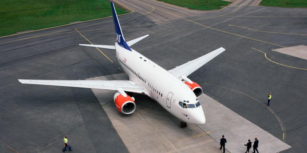 SAS_Aircraft-on-ground.jpg